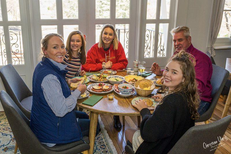 Guests at Rosenhof German Heritage Cafe