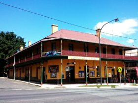 The Royal Mail Hotel Braidwood