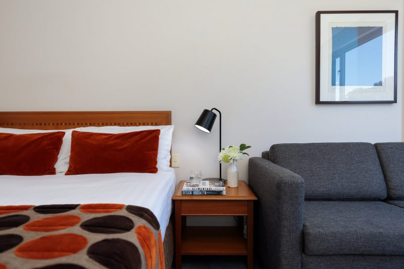 Rydges Bankstown guest room