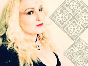 Sandy Bigara with Celtic Patterns