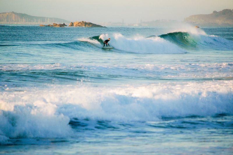 Sapphire Surfer