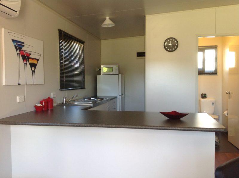 Sapphire City Caravan Park Cabin Kitchen