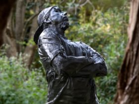 Photo of Louis Pratt's King Coal sculpture which won Sculpture in the Garden 2016 Award