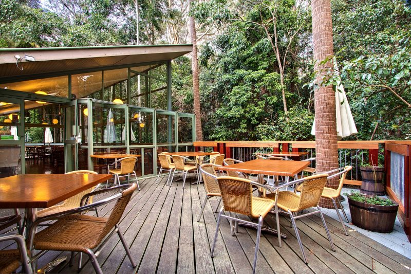 Enjoy a delicious breakfast, lunch, coffee or cake while surrounded by nature.