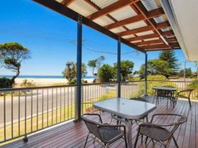 Seascape Holiday Apartments Lake Cathie