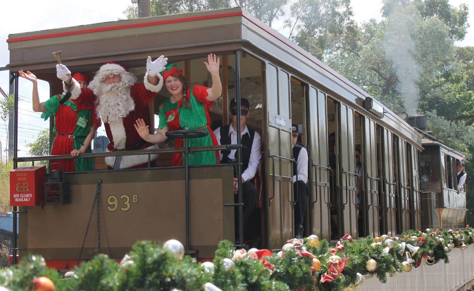 Santa Arrives by Steam Tram