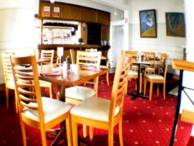 Settlers Arms Restaurant