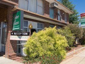 Entrance to Shamrock Hotel Motel Reception Area