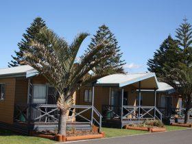 Shellharbour Beachside Tourist Park Cabins