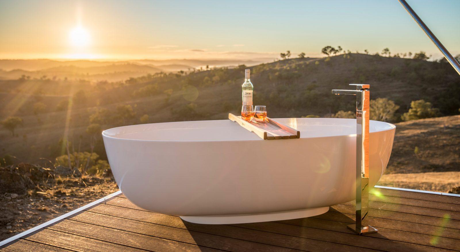 Outdoor Bathrub