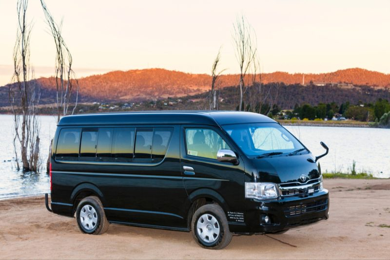 Private 4WD Bus Transfer in our 8 seater from Canberra to Perisher or Thredbo