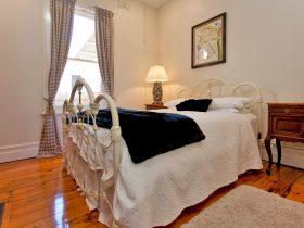 Stewart House Bed