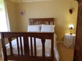Stone Cottage - Bedroom 1