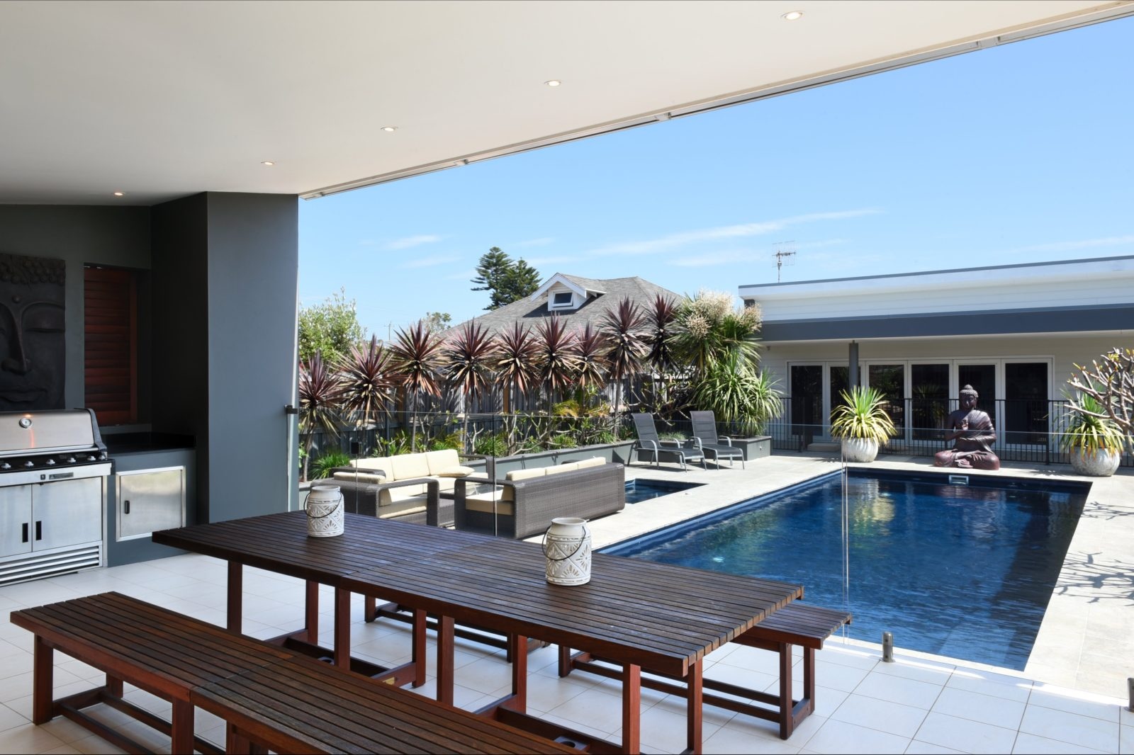 Stunning pool and entertainment deck