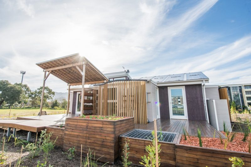 Illawarra Flame House - Sustainable Buildings Research Centre