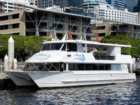 Cruise boat on sydney harbour, private group bookings available