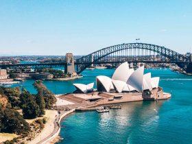 Sydney Harbour Opera House & Bridge