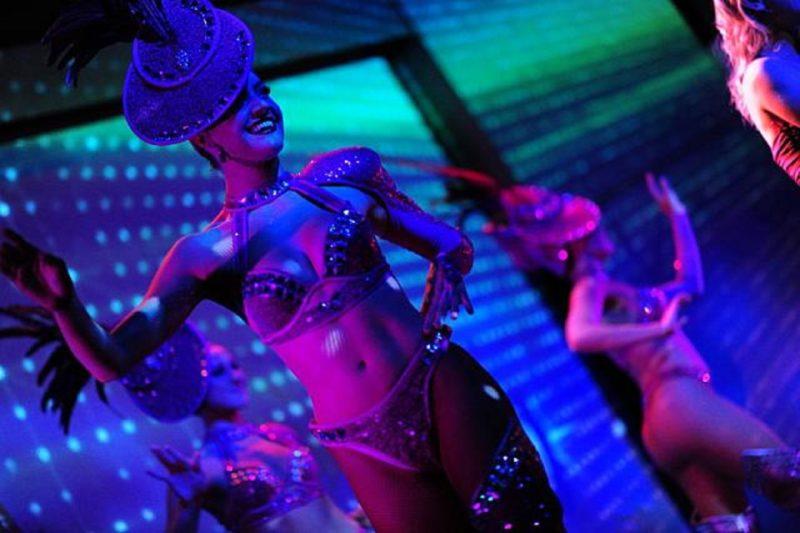 Sydney dinner cruise with live cabaret