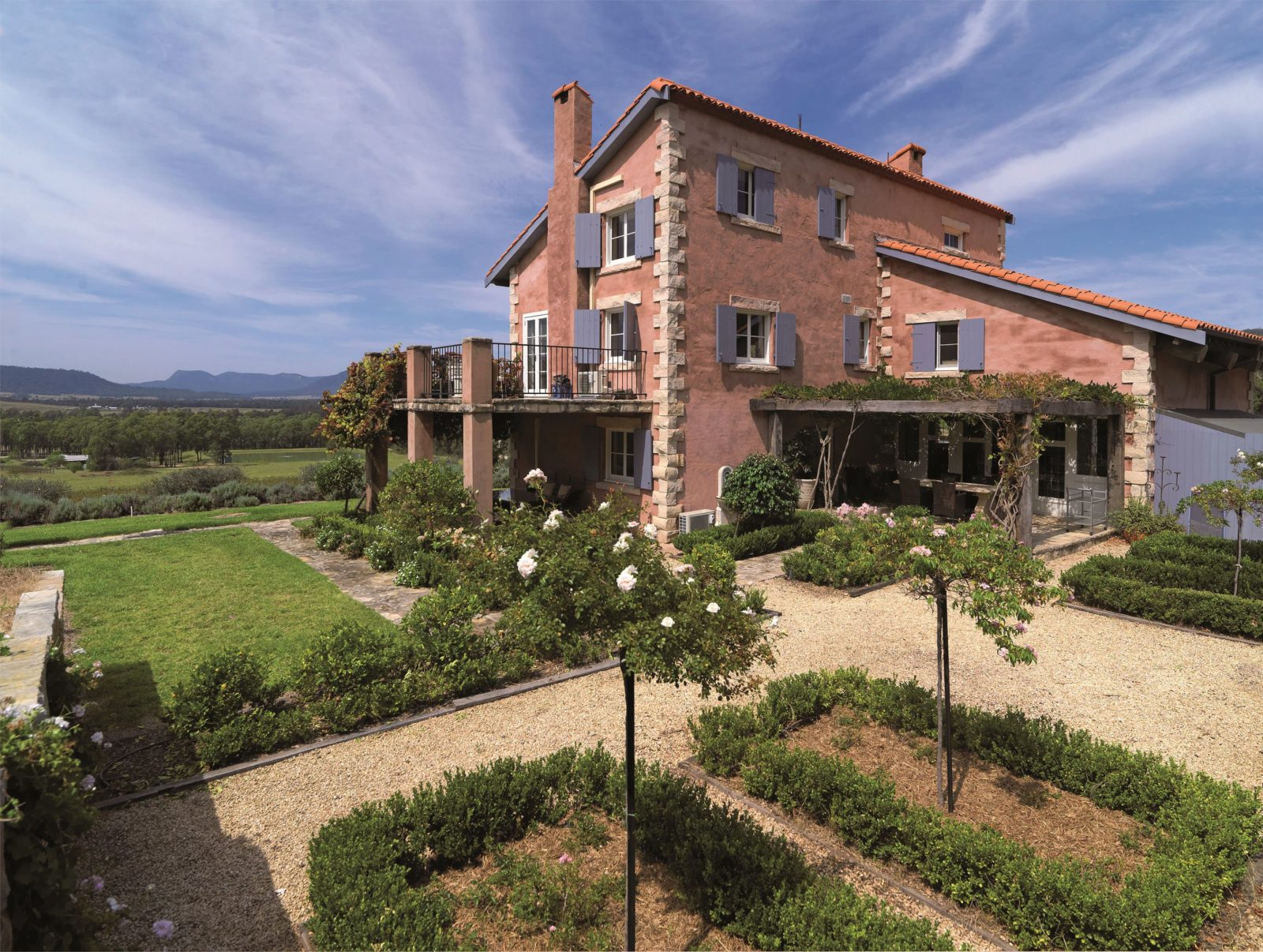 Talits French Estate
