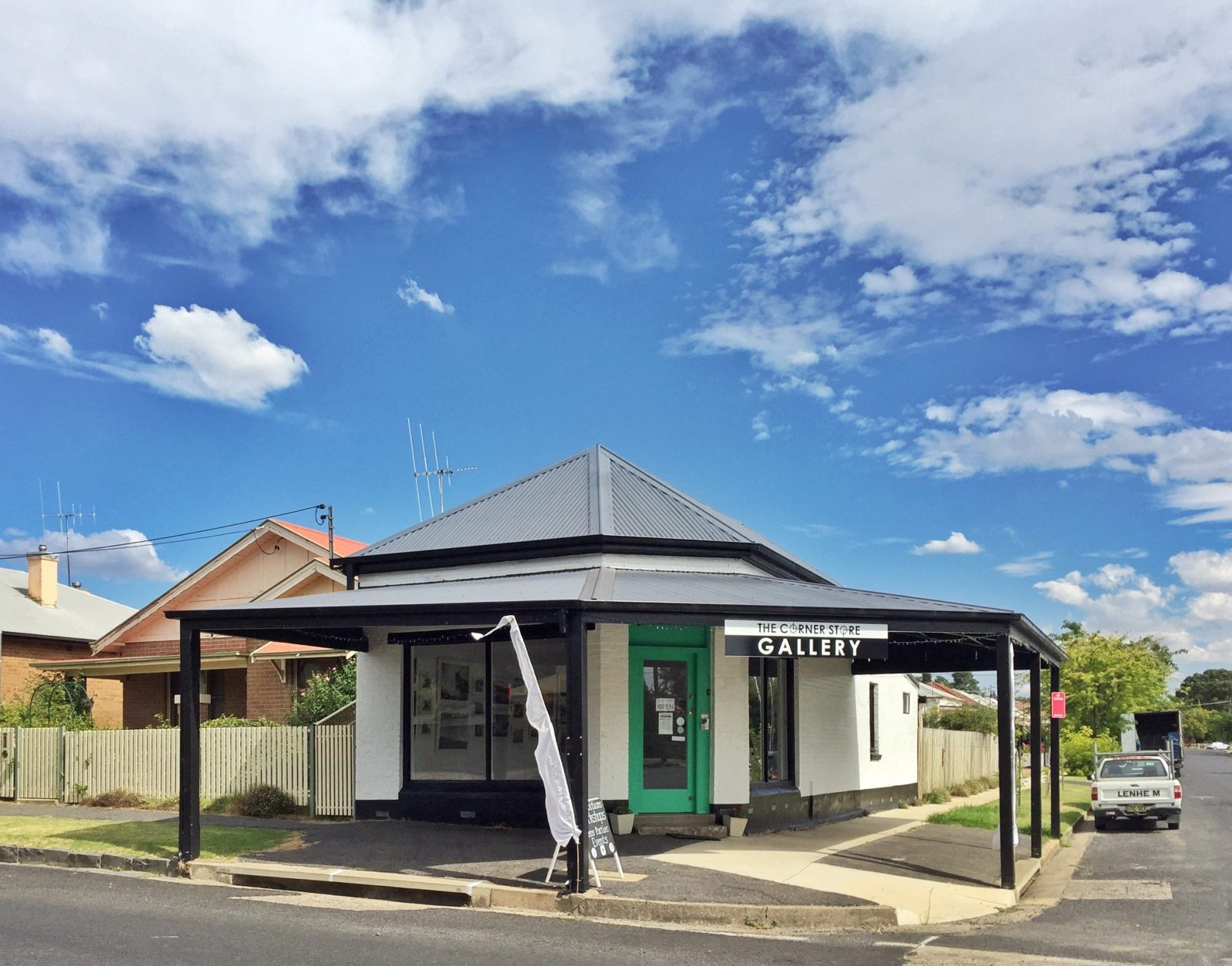The Corner Store Galery, Orange NSW, exhibitions, popups, workshops.
