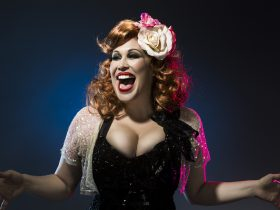 Catherine Alcorn stars as Bette Midler