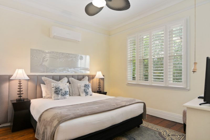 King Room with island plantation shutters