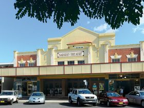 The Saraton Theatre