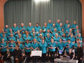choir including instrumentalists