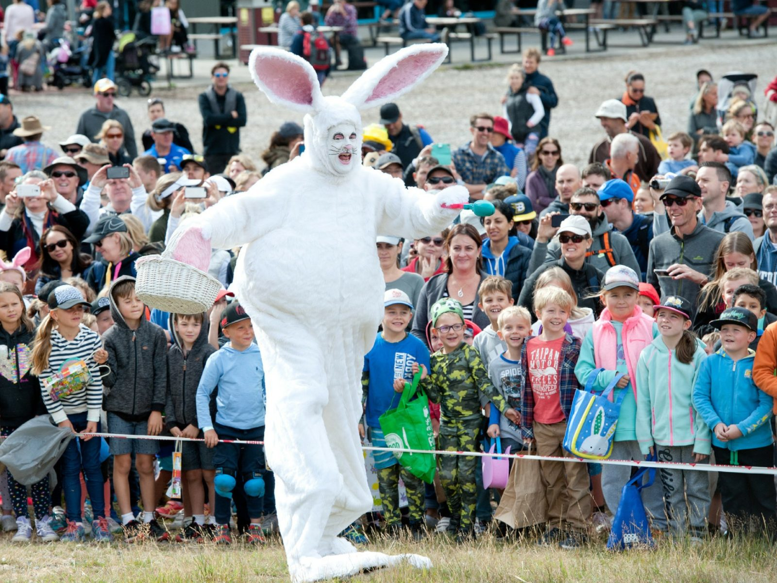 Thredbo AUD10,000 Golden Easter Egg Hunt presented by Lindt