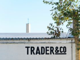 Trader & Co.