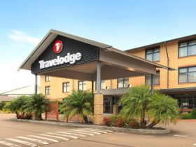 Travelodge Blacktown - Hotel Exterior
