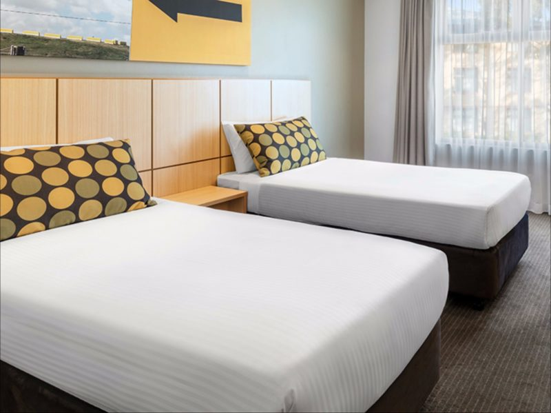 Travelodge Blacktown - Guest Room (Twin Beds)