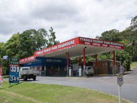 Tyndale Tourist Park Roadhouse