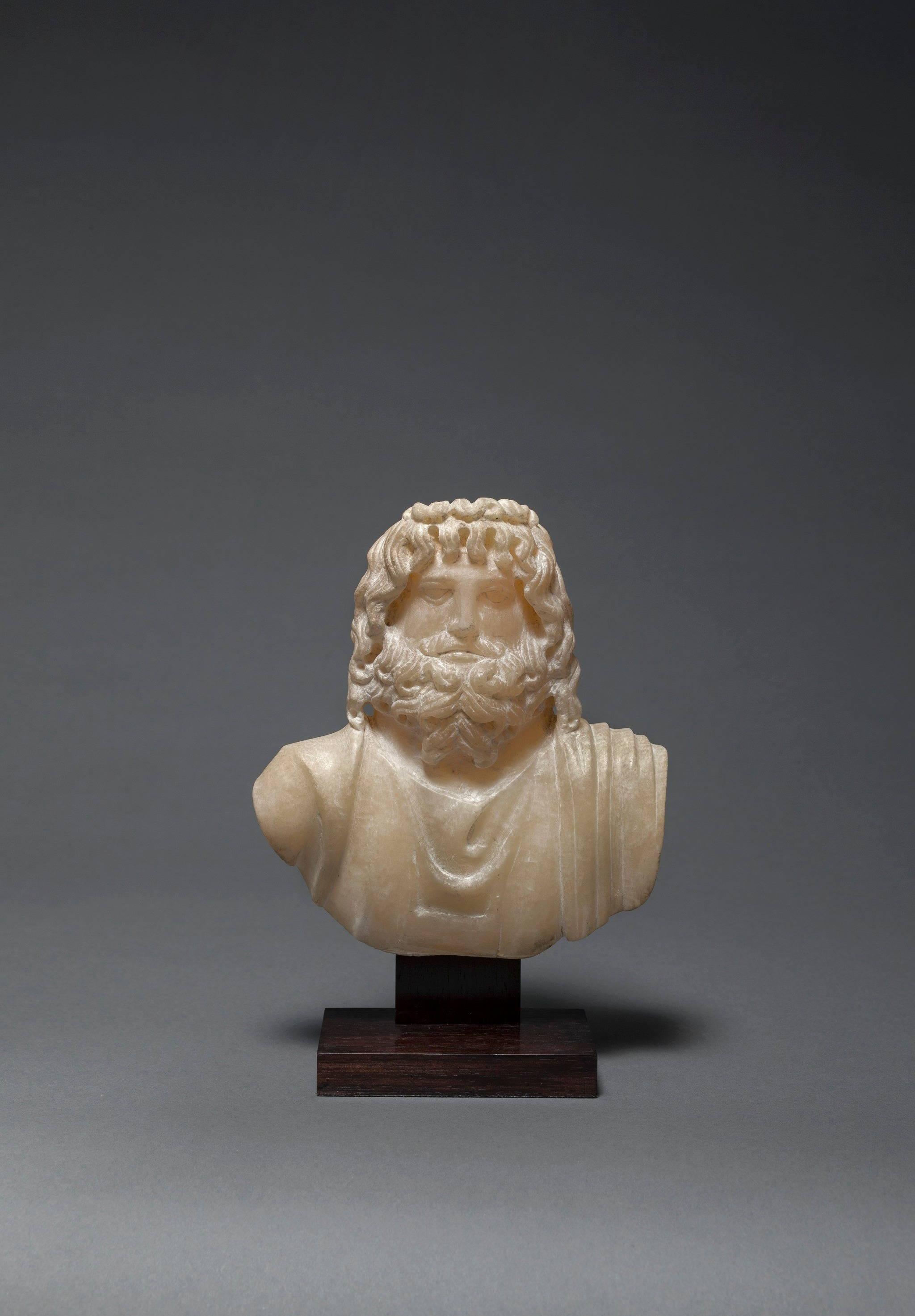 Discover a world of antiquities at UNE