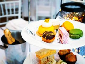 Girls Big Day Out Vintage High Tea
