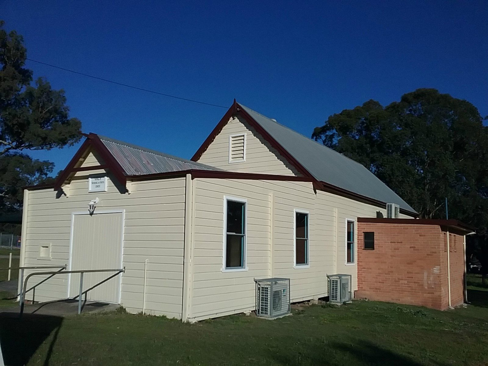 Vacy School of Arts Hall