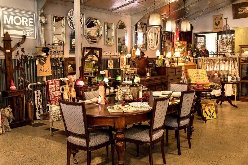 Antique store in Bungendore