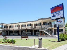Waterview Motel