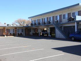 Wattle Tree Motel