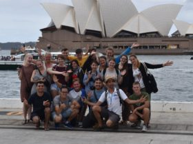 A great free walking tour of Sydney with guests from all over the world!