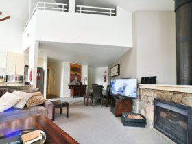 Wintergreen 5 Open Plan Living area