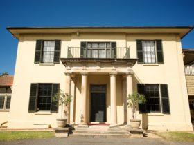 Wivenhoe House