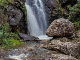 Wombeyan Waterfall walking track