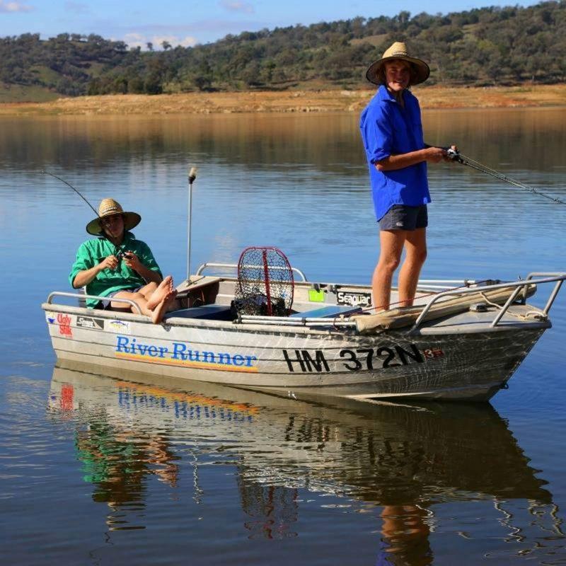 Fishing on Lake Wyangala
