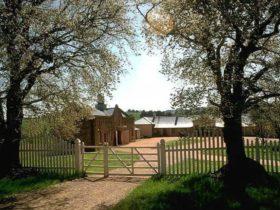 Cooma Cottage Entrance