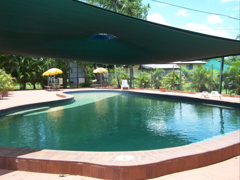 Pool with fence, shade