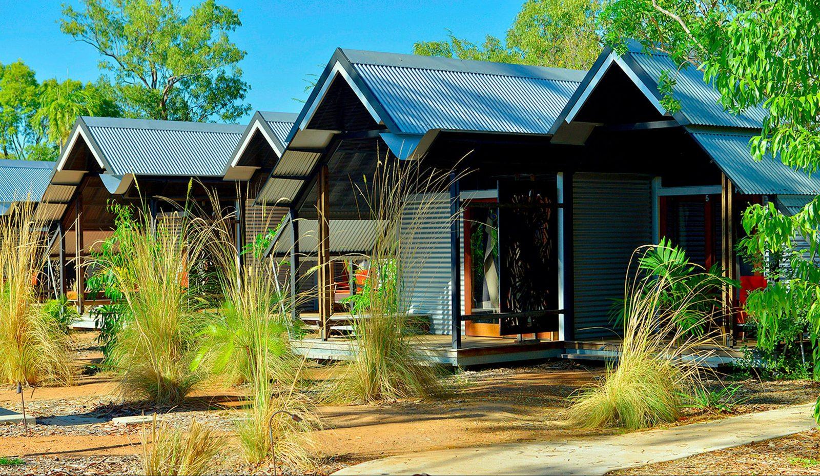 Anbinik Kakadu Resort Suites