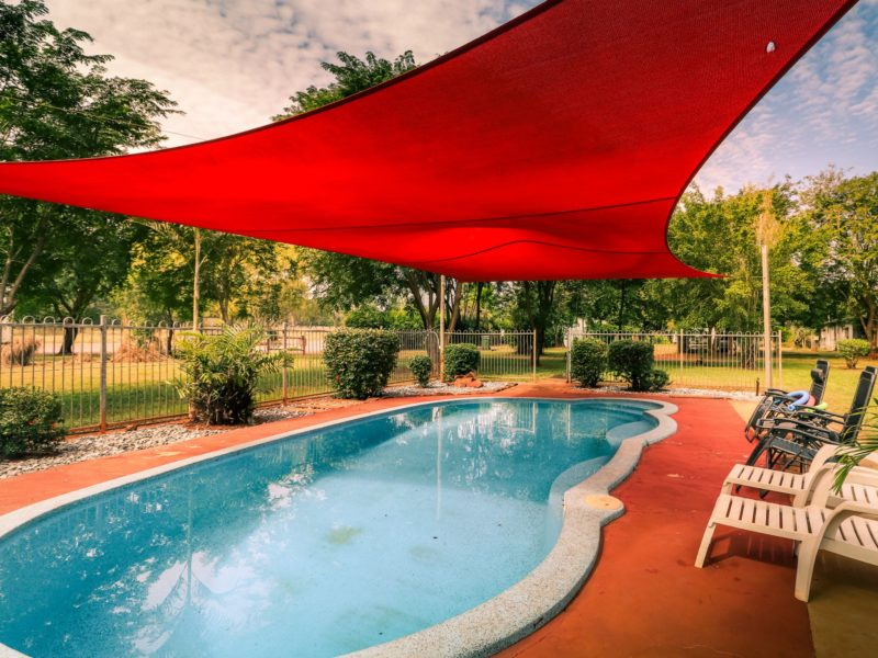 pool-facilities-banyan-tree-caravan-park-litchfield