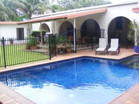 salt water swimming pool area darwin city bed and breakfast