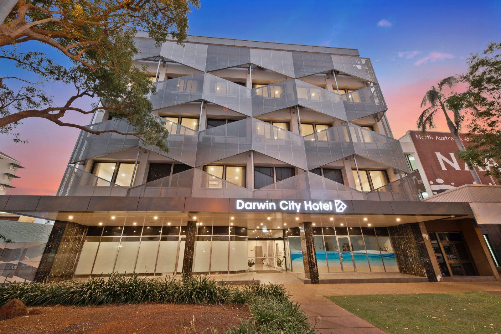 Darwin City Hotel Night View